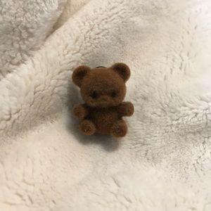 🌿2/10 Small fuzzy teddy bear pin